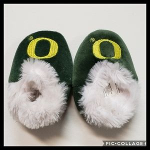 Oregon Ducks Baby Slippers Size Small